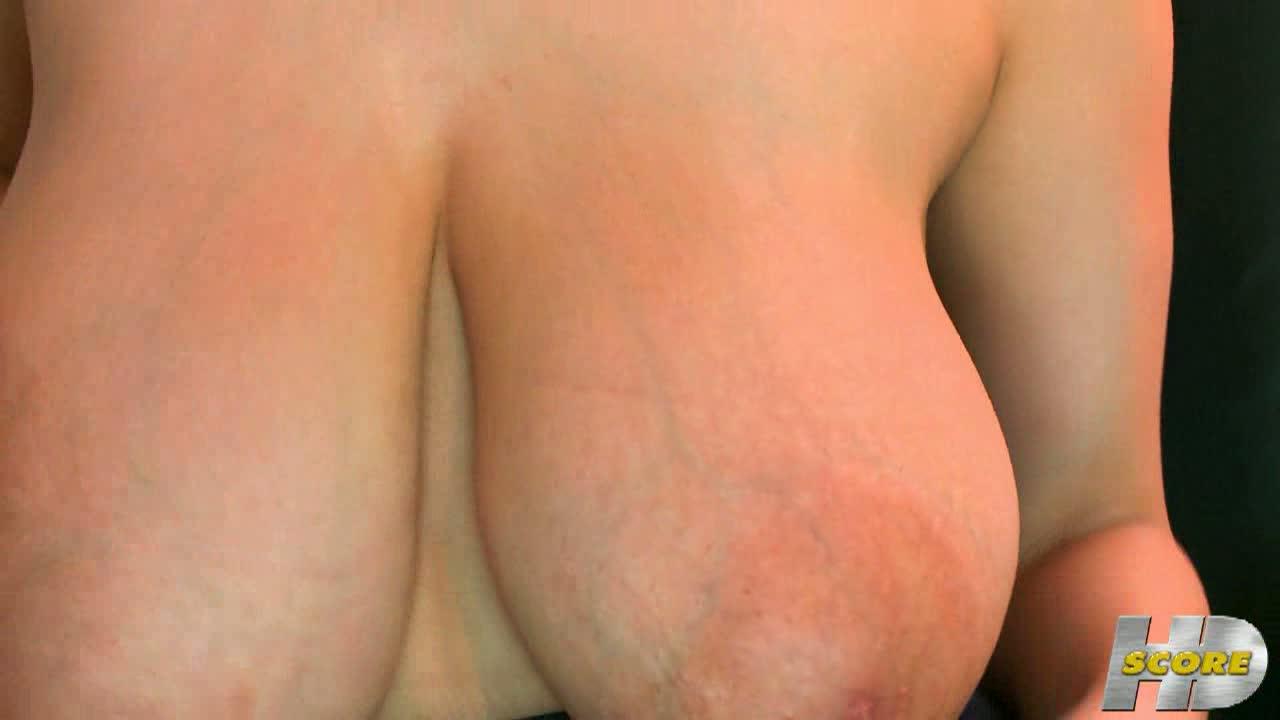 【Hitomi(田中瞳)のオナニー・潮噴き動画】【田中瞳】帰宅したJKが、発育しすぎな爆乳を晒して開放的なオナニーを満喫♪